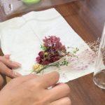 入れる花を選ぶ工程