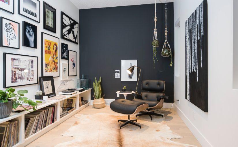 壁紙で愉しい生活空間に|海外のおしゃれな壁紙の部屋画像アリ